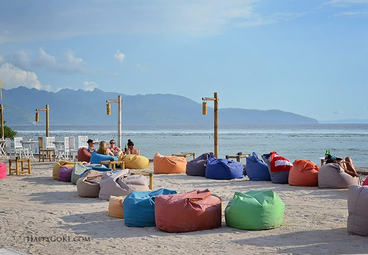 HGKL gili trawangan sunset bar beanbags